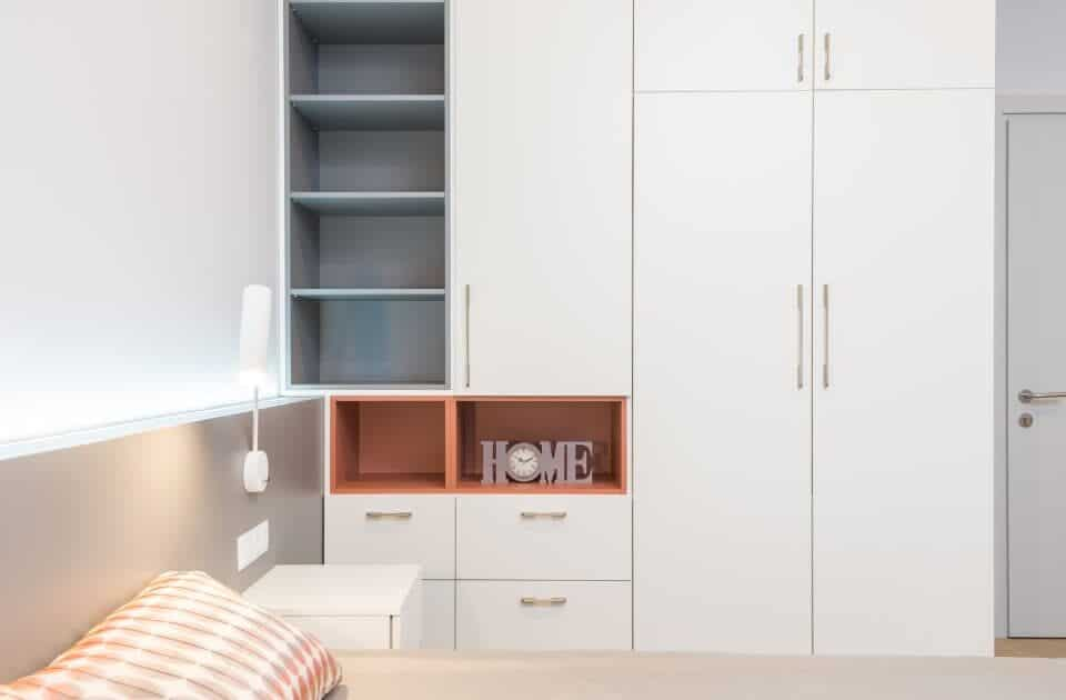 Fitted wardrobe in bedroom