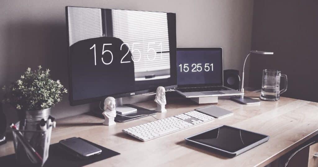 Simple home office design idea